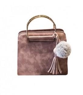 Kabelka kufřík bambulky střapce kůže růžový M71