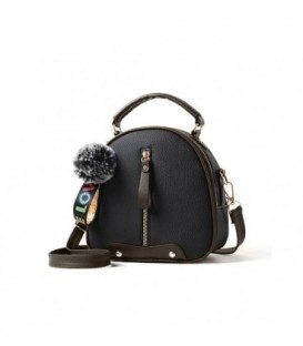 Dámská kožená kabelka přívěsek černá