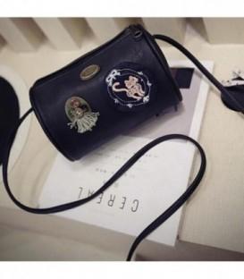Dámská kabelka snášivkami boho barvy černá / WB1711